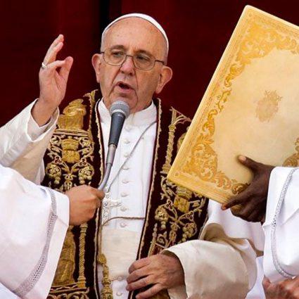 """Mensaje y Bendición """"Urbi et Orbi"""" del Papa Francisco en la Solemnidad de Navidad."""