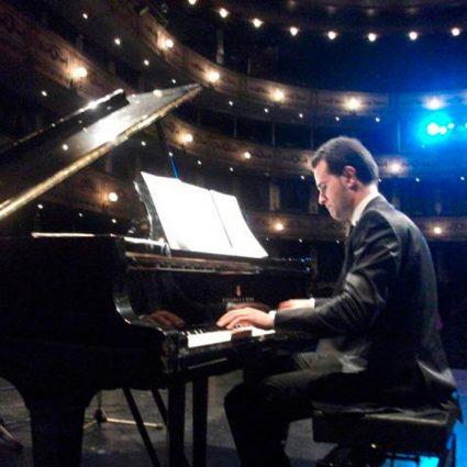 David Hurtado compondrá música Sacra para Jesús con la Caña.